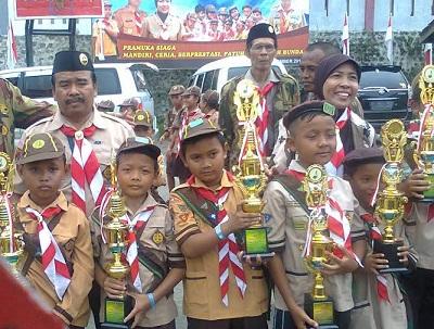 Kelompok Siaga MI Assalam Kubangbungur, Losari, Brebes Meraih Tropy Kemenangan Lomba Ketangkasan Siaga di Ponpes Alhikmah- Brebes