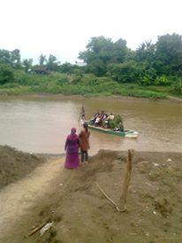 Saat sungai Pemali Banjir akses masuk ke pedukuhan desa Wlahar yang berada disebrang Sungai tidak bisa dilalui kendaraan roda empat, karena kendaraan roda empat bisa masuk ke pedukuhan tersebut hanya menyebrang melalui sungai saat sungai surut.