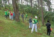Kegiatan Dewan Pengurus Daerah (DPD) Ikatan Penyuluh Kehutanan Indonesia (IPKINDO) Kabupaten Brebes di obyek Wisata Kalibaya, Puncak Lio Salem, Brebes (25/12/2016 )