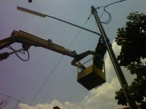 Pemasangan lampu dilingkungan RSUD Brebes