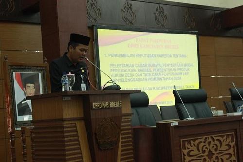 Wakil Bupati Brebes, Narjo,SH. dalam rapat antara Pemkab dengan DPRD Brebes membahas rencana pembuatan Peraturan Daerah (Perda) tentang situs Purbakala yang ada di Kabupaten Brebes